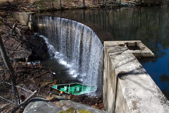 Apshawa Dam and Canoe