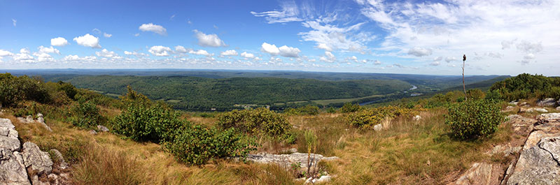 Panorama over Raccoon Ridge