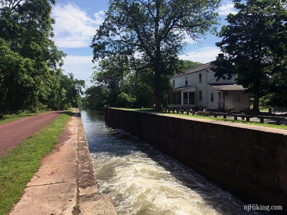 10 Mile Lock