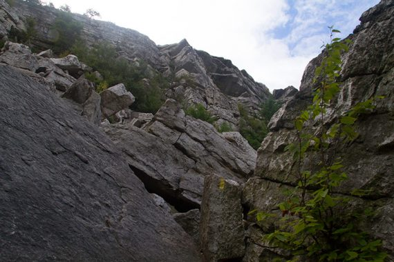 looking up Bonticou Crag