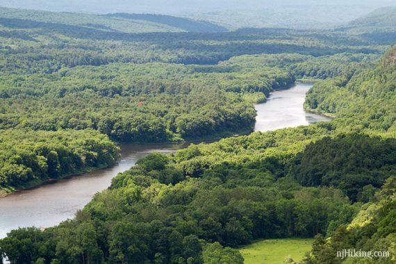 Zoom into the Delaware River