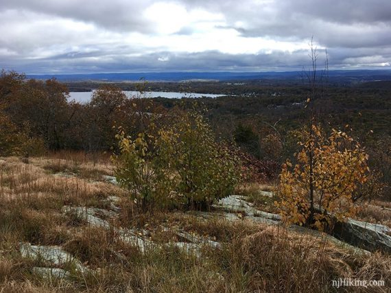 Another big view over NJ with Culver Lake in the distance.