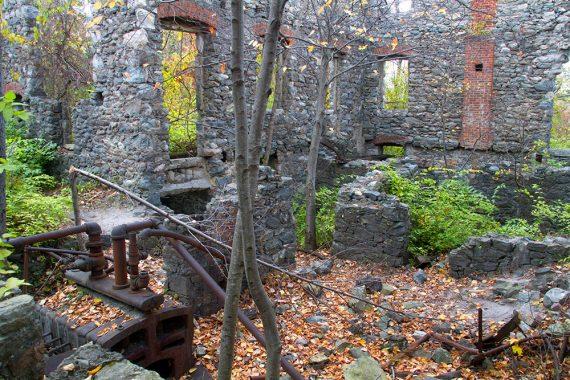 Looking inside the Van Slyke Castle Ruins