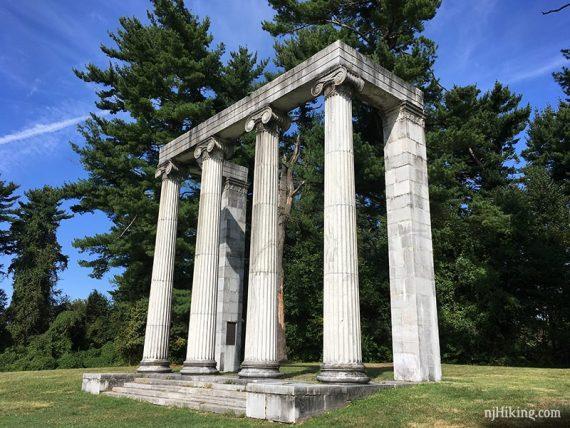 Columnade in Princeton Battlefield State Park