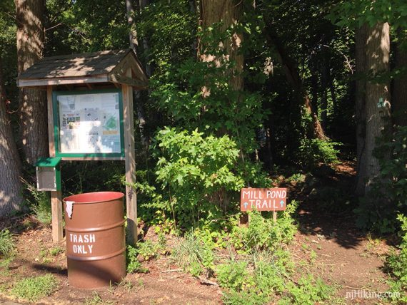 Mill Pond trail kiosk
