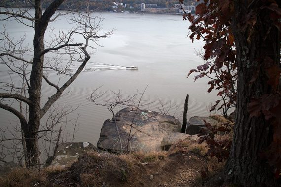 Boat along the Hudson