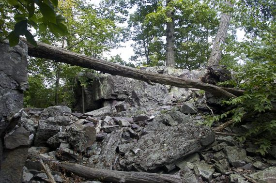 Rock scramble up to Fire Tower Ridge from the Blue trai