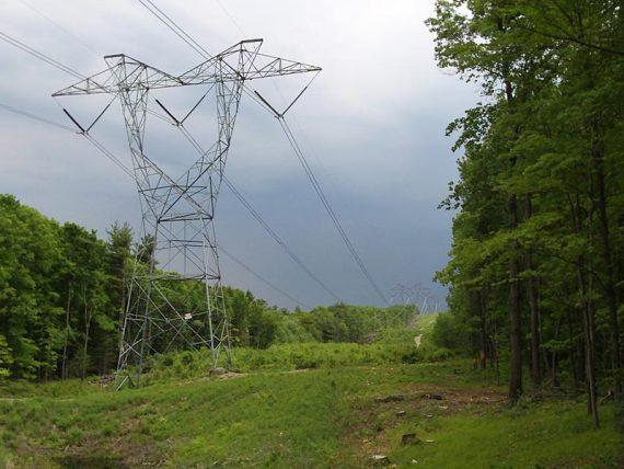 Highlands Trail, crossing a power line cut