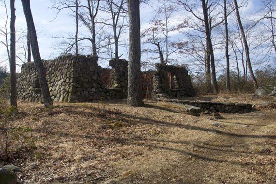Ruins along Pine Meadow Trail
