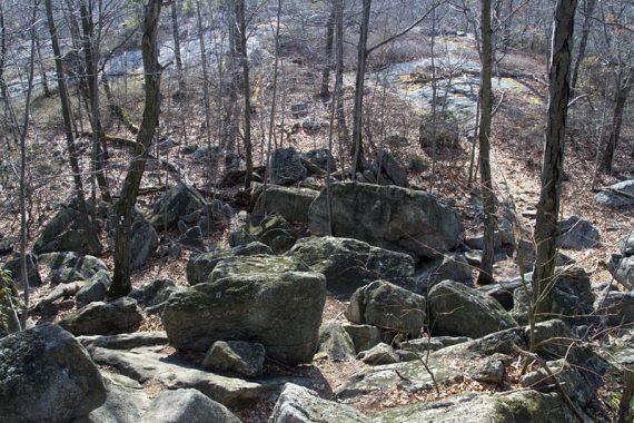 Rock scrambles on Raccoon Brook Hills trail