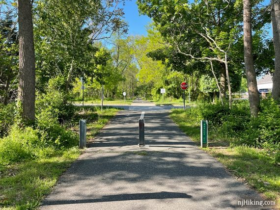 Approaching a road crossing on the Henry Hudson trail